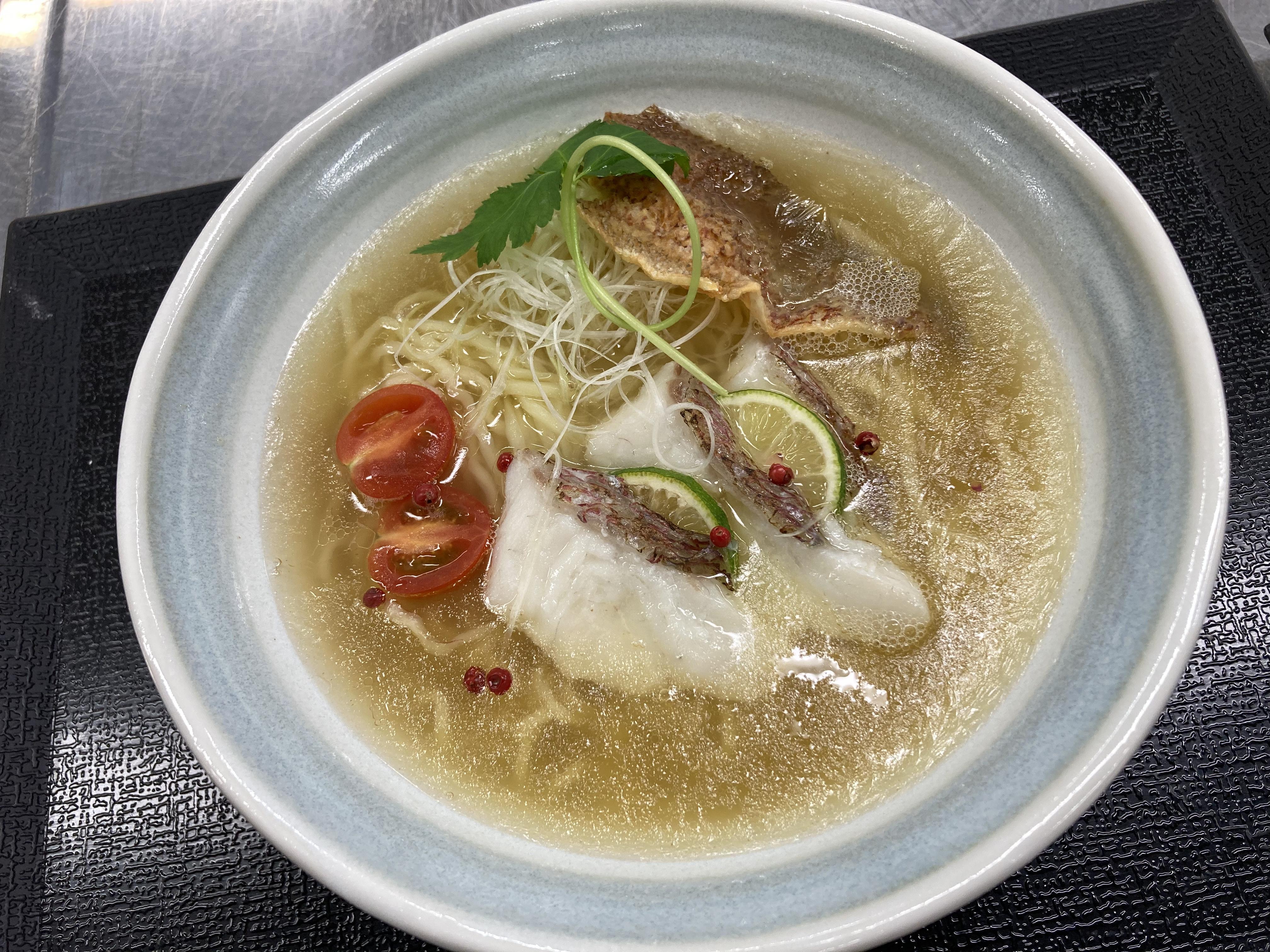 中文直播面条课(2020年12月23日)鲷鱼汤拉面制作演示活动